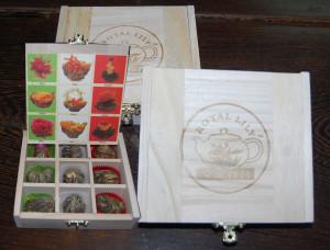 Teeblumen im Geschenkbox